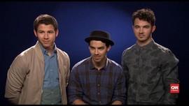 VIDEO: The Jonas Brothers Bakal Rilis Memoar pada November