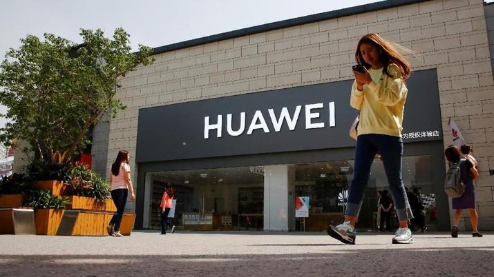 Kasus Huawei Diblokir Jadi Pelajaran Buat Ponsel Lokal