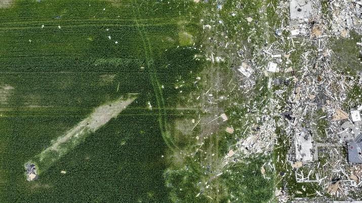 Tornado Porak Porandakan Ohio Bagian Barat