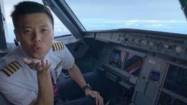 Cabut Izin Terbang, Menhub Tetap 'Rangkul' Vincent Raditya
