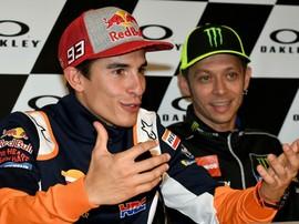 Gurauan Rossi Usai Dibuntuti Marquez di Kualifikasi MotoGP