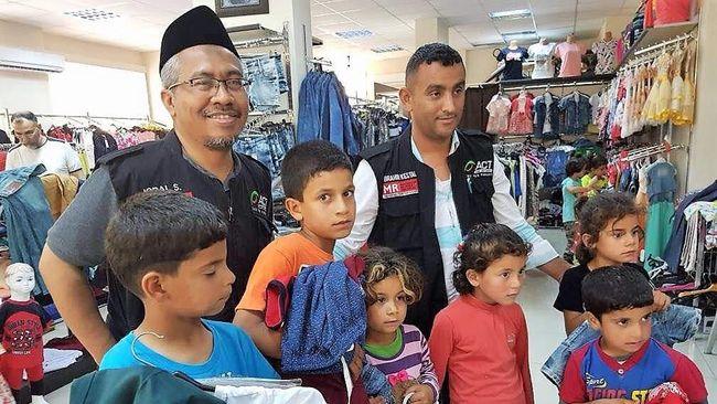 ACT Tebar Bingkisan untuk Keluarga Palestina dan Suriah