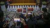 Ani Yudhoyono wafat di usia 67 tahun dan meninggalkan dua putra dan empat cucu. (ANTARA FOTO/M N Kanwa)