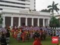 Jokowi Pakai Baju Adat Pimpin Upacara Hari Lahir Pancasila