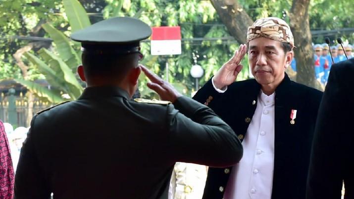 Presiden Joko Widodo (Jokowi) memimpin upacara peringatan Hari Lahir Pancasila, Sabtu kemarin (1/6/2019), sebelum melayat ke Cikeas.