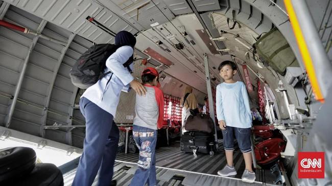 TNI AU menargetkan dapat mengangkut 8.000 pemudik seperti mudik yang diselenggarakan tahun lalu. (CNN Indonesia/Adhi Wicaksono)