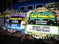 Karangan Bunga dan Duka Warga untuk Ani Yudhoyono di Cikeas