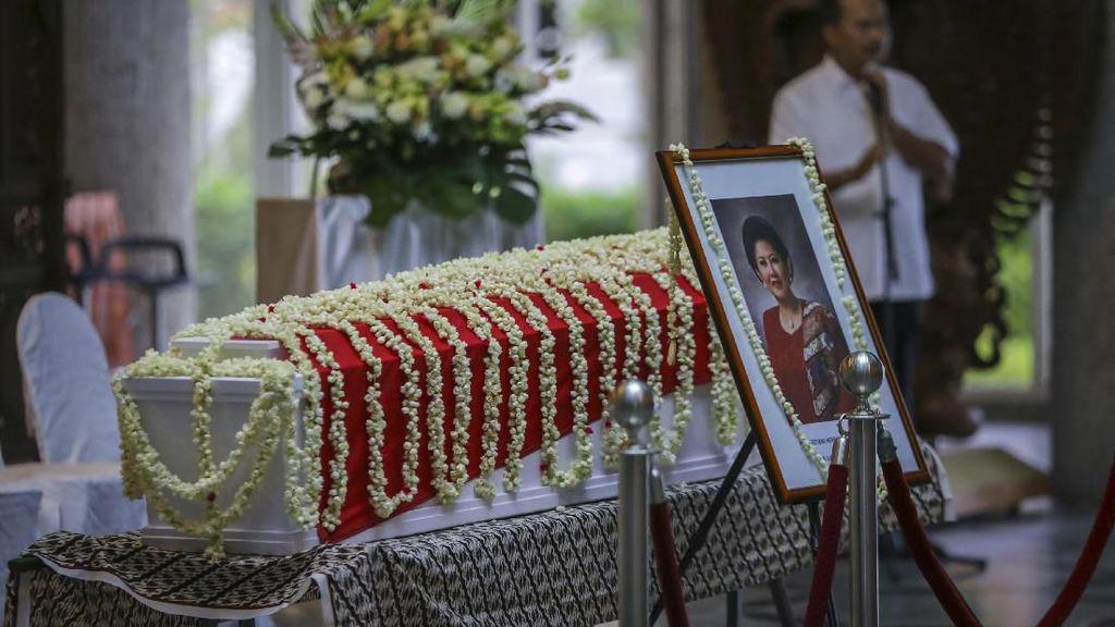 Megawati Akan Hadiri Pemakaman Ani Yudhoyono