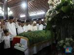 Detik-detik Kedatangan Jenazah Ani Yudhoyono di TMP Kalibata