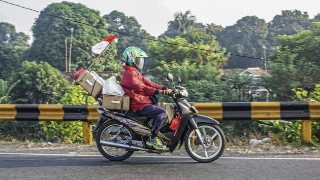 Pemerintah saban tahun selalu mengimbau agar pemudik tak menggunakan sepeda motor, namun tetap saja jumlahnya setiap tahun selalu banyak. (ANTARA FOTO/M Ibnu Chazar/foc)
