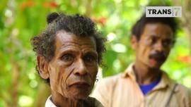 VIDEO: Bersentuhan dengan Keakraban Suku Boti