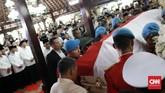 Jenazah Ani Yudhoyono diserahkan keluarga Susilo Bambang Yudhoyono ke negara untuk dimakamkan secara militer.CNN Indonesia/Andry Novelino