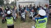 Kementerian Perhubungan memperkirakan ada 1 juta unit sepeda motor yang dipakai oleh pemudik untuk berlebaran di kampung halaman.(ANTARA FOTO/Harviyan Perdana Putra/ama)