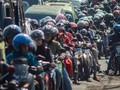FOTO: Menunggang Kuda Besi ke Kampung Halaman