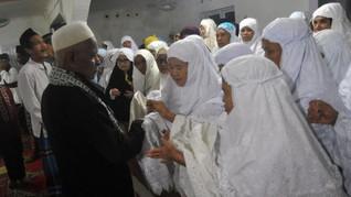 Sebagian Muslim di Padang dan Tulungagung Lebaran Hari Ini