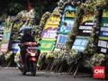 Karangan Bunga Duka Megawati yang Tertinggal di Cikeas