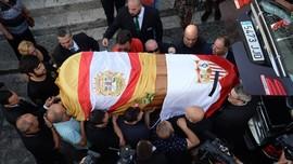 Canizares: Reyes Tak Layak Dihormati Seperti Pahlawan