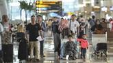 Jumlah penumpang domestik Bandara Soekarno-Hatta pada 1 Juni 2019 mencapai angka 79.403 orang. Masih kalah dibanding angka penumpang pada 2018 yang menunjukkan angka 80.692 orang. (ANTARA FOTO/Nova Wahyudi/foc).