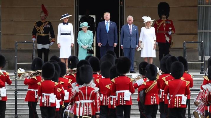 Upacara Mewah Sambut Trump di Istana Buckingham Inggris