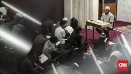 Shift, Gerbang Masuk Anak Muda Bandung Menuju Hijrah