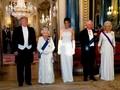'Kembaran' dengan Ratu Elizabeth II, Melania Trump Dikritik