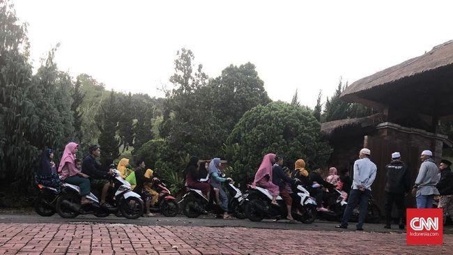Prabowo Undang Warga Salat Id di Padepokan Garudayaksa