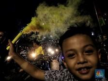 Meriahnya Kembang Api Warnai Malam Takbiran di Tanah Abang