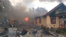 Polisi Kantongi Identitas Provokator Pembakaran Rumah Buton