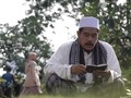 Lantunan Doa Syarif di Atas Pusara