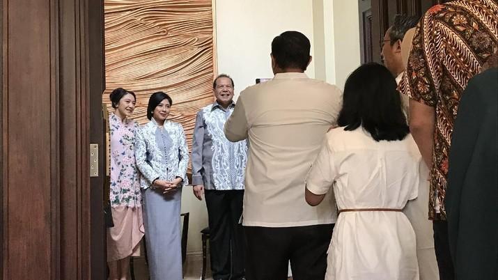 Founder dan Chairman CT Corp Chairul Tanjung (CT) hari ini, Kamis (6/6/2019), mengadakan open house di kediamannya, di Menteng, Jakarta Pusat.