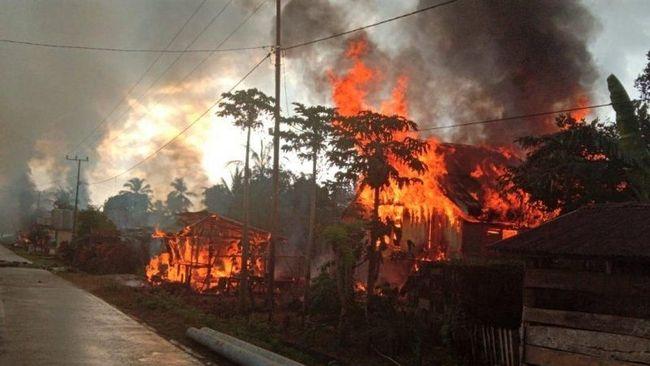 Rumah Warga Terbakar di Buton Dapat Kompensasi Pemerintah