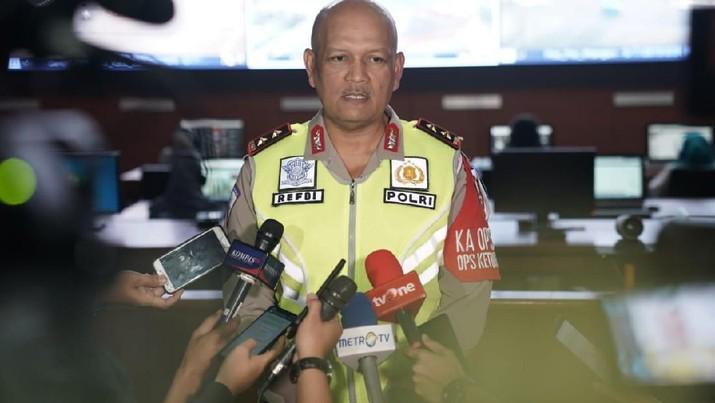 Pada hari ke-10 Operasi Ketupat 2019, Refdi turun langsung melakukan cek kelancaran arus balik 2019 di sepanjang Jalan Tol Trans Jawa hari ini.