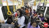 Masyarakat juga dapat mengetahui bagaimana pengoperasian MRT Jakarta hingga dapat menyajikan pelayanan yang sekarang dapat dinikmati setiap hari. (CNN Indonesia/Adhi Wicaksono)