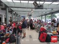 Penumpang Stasiun Senen Diprediksi Normal Rabu Pekan Depan