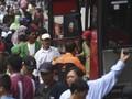Puncak Arus Balik di Kampung Rambutan Diprediksi Minggu Pagi