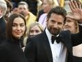 Irina Shayk Disebut Tak Tahan Hidup Bersama Bradley Cooper