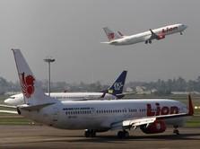 Penumpang Kian Sepi, Banyak Pesawat Parkir di Bandara