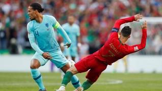 Ditanya Kans Van Dijk Raih Ballon d'Or, Ronaldo Bungkam
