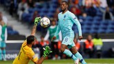 Duel sengit Portugal lawan Belanda berakhir tanpa gol di babak pertama. (REUTERS/Rafael Marchante)