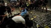 Demonstrasi berawal dari keresahan warga terhadap aturan ekstradisi. Saat ini, Hong Kong memang tengah menggodok aturan yang memungkinkan proses ekstradisi ke manapun, termasuk China. (REUTERS/Tyrone Siu)