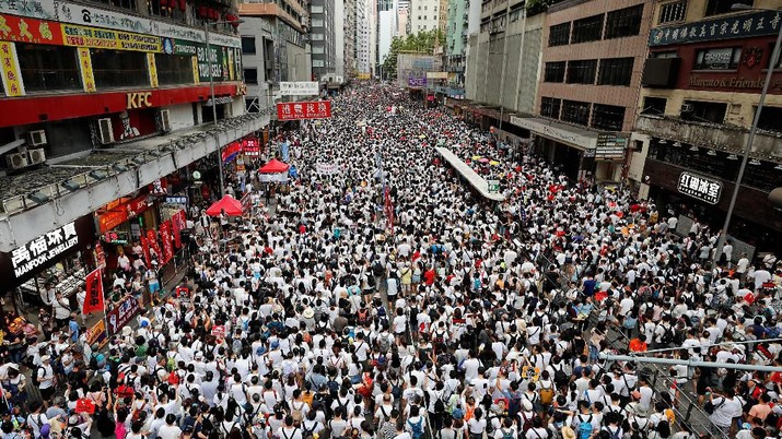 Daya tarik Hong Kong yang berkelanjutan sebagai basis untuk bisnis internasional semakin dipertanyakan di tengah pembahasan UU ekstradisi ke China.