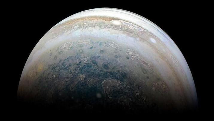 Hari Ini, Penduduk Bumi Bisa Lihat Planet Terbesar Tata Surya