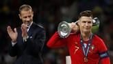 Gelar UEFA Nations League merupakan gelar kedua Cristiano Ronaldo bersama tim nasional Portugal. (Reuters/Carl Recine)