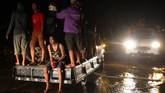 Berdasarkan data BPBD Konawe jumlah korban banjir bandang bertambah, saat ini rumah yang terendam sebanyak 1.773 unit di 47 desa di 7 Kecamatan sedangkan jumlah pengungsi mencapai 4.546 jiwa tersebar di 14 titik lokasi pengungsian. (ANTARA FOTO/Jojon)