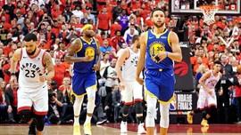 FOTO: Golden State Warriors Perpanjang Napas di Final NBA