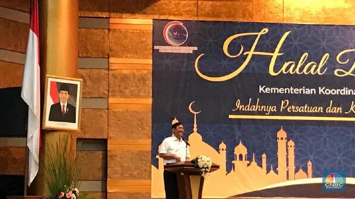 Menko Kemaritiman Luhut Binsar Pandjaitan menggelar acara Halal Bihalal di Kementerian Koordinator Bidang Kemaritiman, Jakarta, Selasa (11/6/2019).
