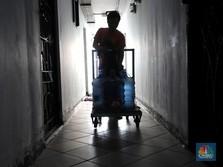 Warga Apartemen di Pluit ini Terpaksa Gunakan Air Galon
