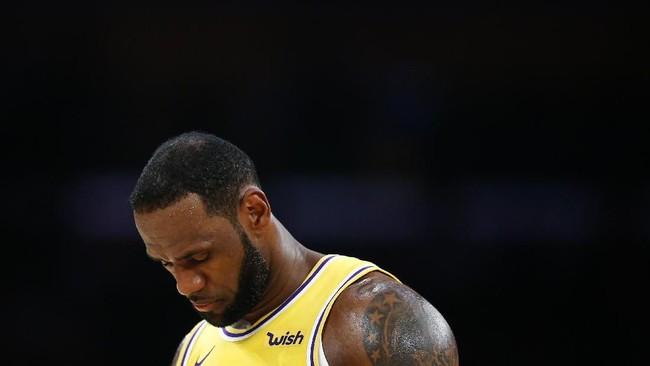 8. LeBron James ada di posisi kedelapan sekaligus jadi pebasket dengan pendapatan tertinggi. James meraih US$89 juta alias [Rp1,26 triliun]. (Lim/Getty Images/AFP)