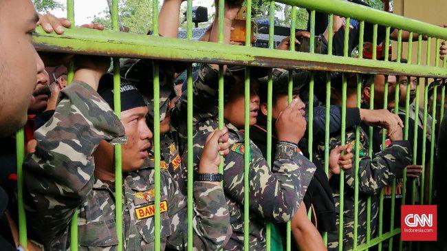 Sidang Gus Nur, Banser Kepung PN Surabaya usai Kiai Dicap PKI