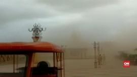 VIDEO: India Evakuasi Ratusan Ribu Warga Akibat Topan Vayu